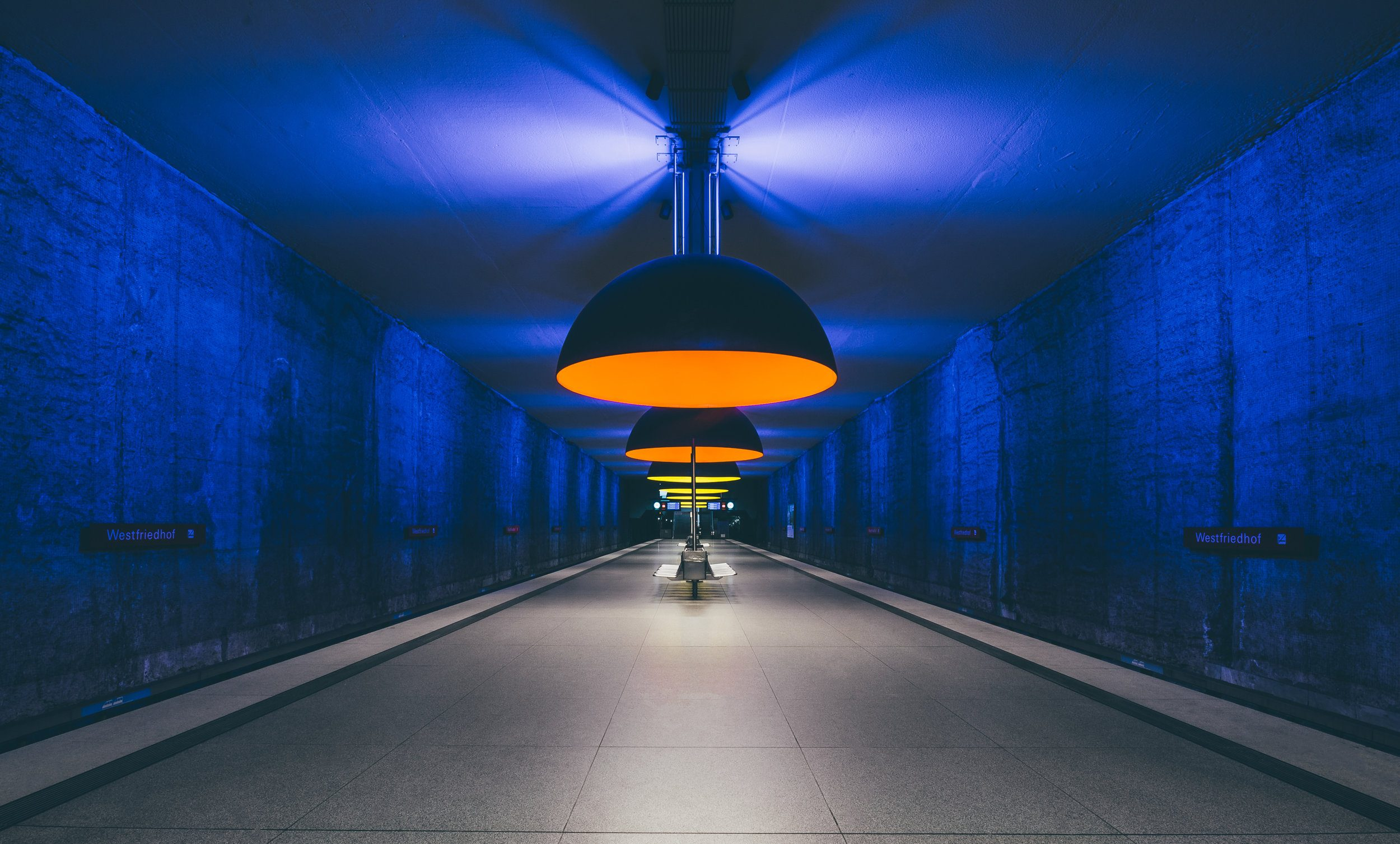 Stații de metrou spectaculoase din lume. Stația Westfriedhof, Munchen,